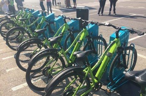 35ba90923bc Стартира първата система за споделено използване на електровелосипеди