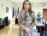 Вице Захариева мълчи по скандала за €8 млн. от скопския олигарх Орце
